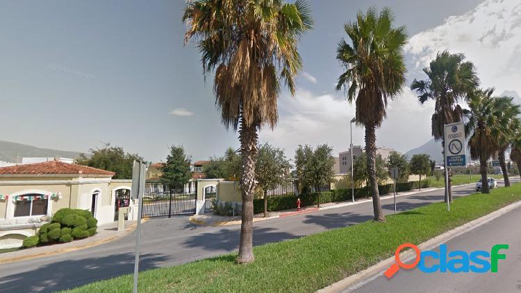 Casa en Renta, Cerrada de Cumbres $10,600 MN Frente a Parque 0