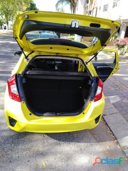 Vendo Honda Fit automatico 2016. 3
