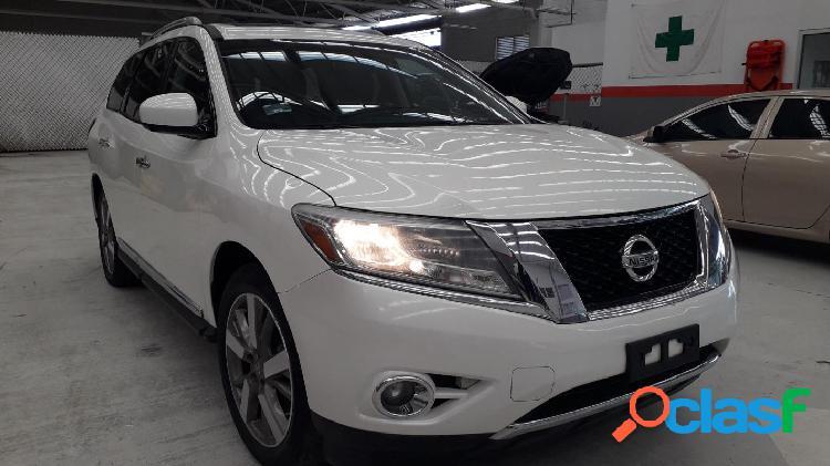 Mexique: Nissan Pathfinder NP EXCLUSIVE CVT 2