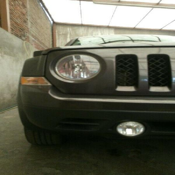 VENDE Camioneta JEEP PATRIOT altitud $222,000 0
