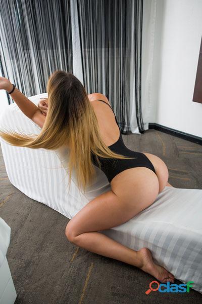 La mejor chica para hacer tríos sexy y ardiente soy Susana. 2