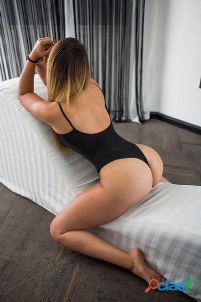 La mejor chica para hacer tríos sexy y ardiente soy Susana. 4