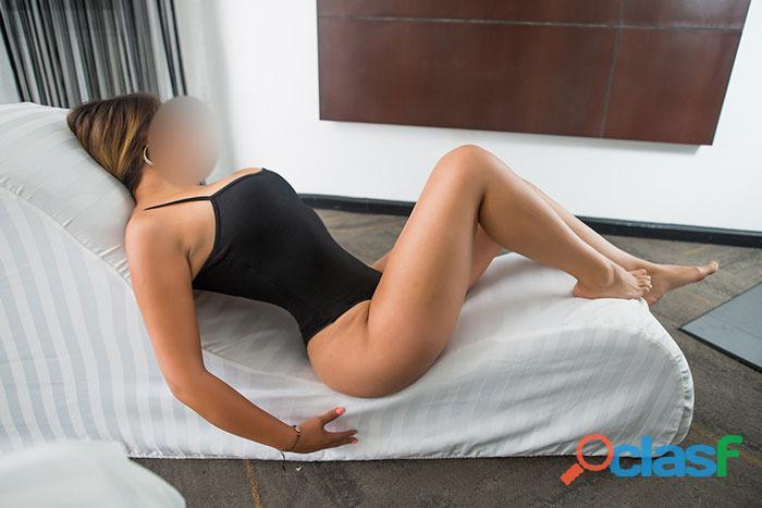La mejor chica para hacer tríos sexy y ardiente soy Susana. 6