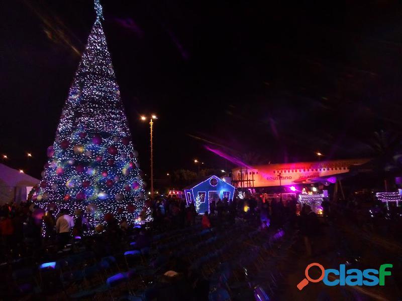 Arboles de navidad gigantes 10.5 m 12 m 15 m altura : centro comercial..plaza publica