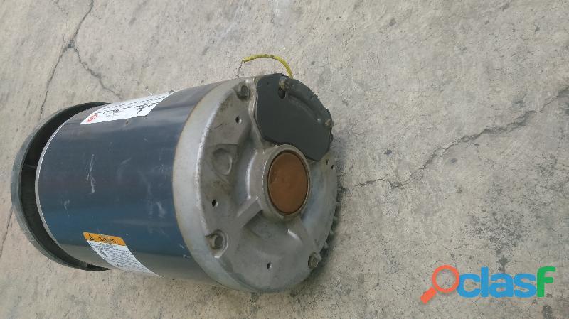 Motor electrico EMERSON 3/4 hp en baja 3