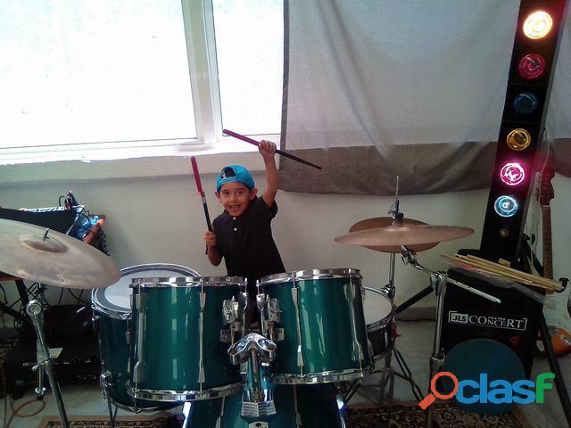 *academia musical rock city store* y (venta de instrumentos musicales)