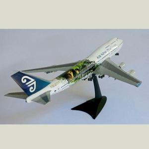 Avión a escala herpa boeing 747 esc 1:200 new zealand