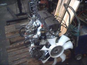 Motor np300 con garantía