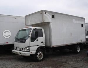 Isuzu elf 450 5 ton. modelo