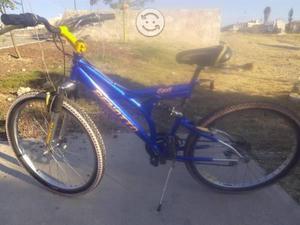 Benotto bici con doble suspención r26 muy buena