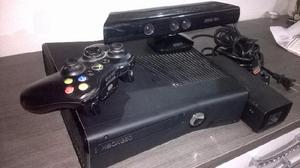 Xbox 360 slim con disco duro adicional de 60gb