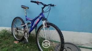 Bicicleta br stronghold de montaña