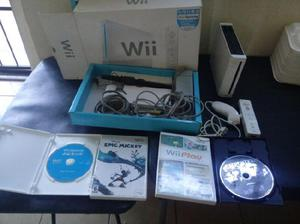 Wii con 4 juegos y 1 control con nunchuck