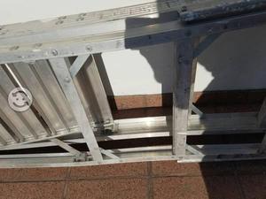 Venta de escalera plataforma segunda mano for Escaleras de aluminio usadas
