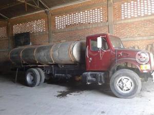 Pipa de 10000 litros motor navistar 195hp caja 9