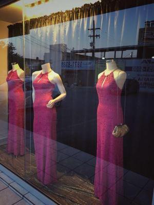 Renta de vestidos de fiesta largos en monterrey