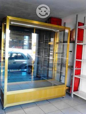 Vendo vitrina de aluminio con iluminación