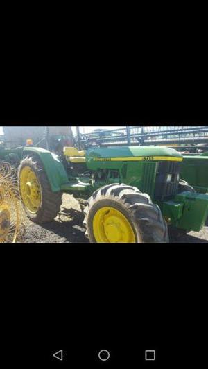 TRACTOR AGRICOLA JOHN DEERE 5715 DOBLE TRACCION