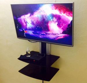 Mueble repisas cristal clasf for Muebles para smart tv 55