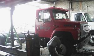 Camión dina