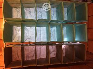 Estantes colgantes para organización de closet