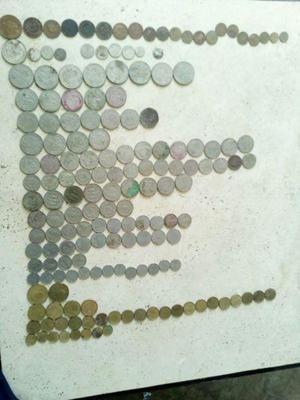 Lote de 169 monedas de varias denominaciones 5 de plata