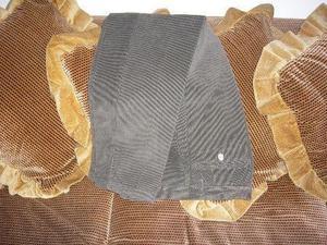 Pantalón de pana nuevo 32 x 32, de vestir