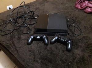 Ps4 500gb, 2 controles 2 juegos