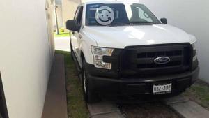 Ford semi nueva 4x4 factura de agencia