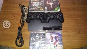 Ps3 slim 160gb, 4 juegos, 2 controles