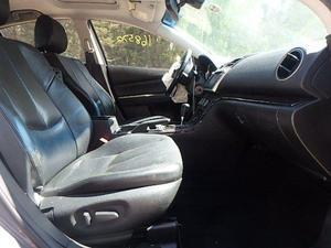 Mazda 6 2010 se desmantela por partes