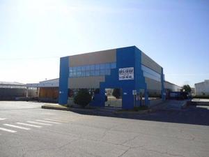 Bodega renta ** 1,526 m2 c/ oficinas ** complejo industrial