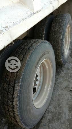 Camion dina de volteo 16m3