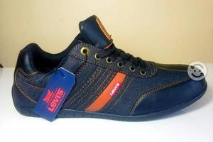 Zapatos levis nuevos originales #8.5