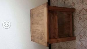 Mesa color cafe clasf for Mesa esquinera madera