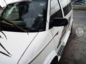 Vendo o cambio por carro camioneta fam safari 94 x