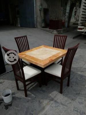 Cubierta comedor marmol clasf for Comedor cuatro sillas
