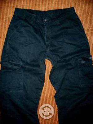 Pantalon wrangler tipo cargos hombre talla 30x30