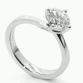 f8afdae95e9c Anillo de compromiso oro 14k diamante natural.45ct