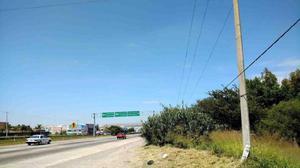 Terreno en renta a pie de carretera zona pedro escobedo