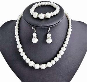 d5c9f6454221 Juego collar perlas   REBAJAS Junio
