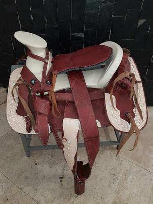 Montura charra o silla para caballo