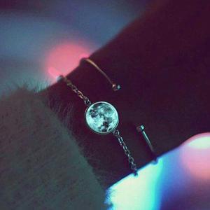 Pulsera acero inoxidable luna brilla en oscuridad original