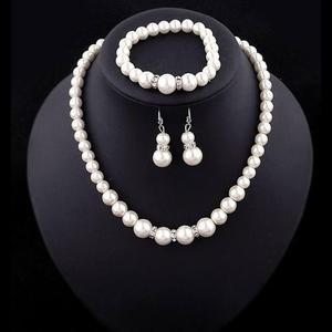 Set de collar, pulsera y aretes, perla de fantasía i