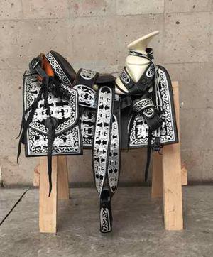 Silla o montura charra para caballo