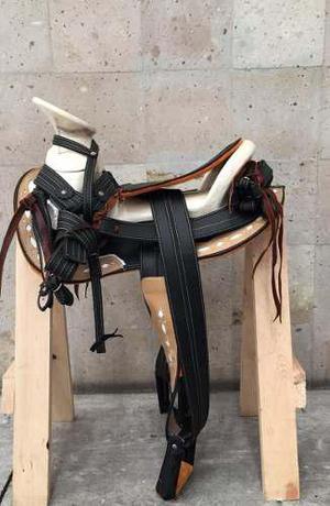 Silla para caballo o montura charra