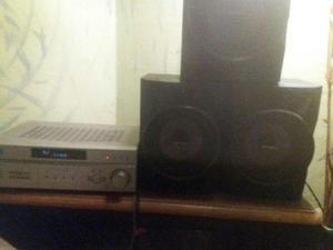 Vendo amplificador de casa sony y dos bosinas sony y un bajo