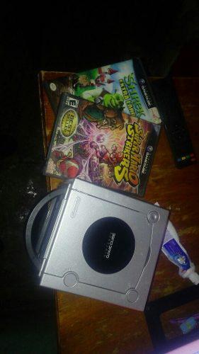 Gamecube con todos sus accesorios y dos juegos originales
