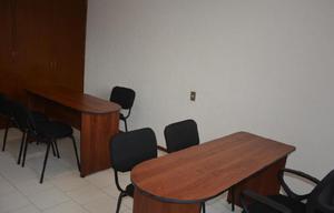 Renta una oficina para dos personas con servicios incluidos