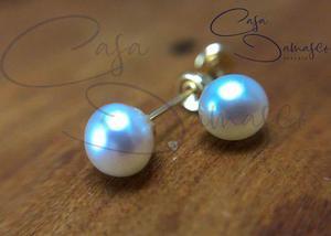 8c42757afb6b Arete broquel con perla natural de 4mm en oro de 10k